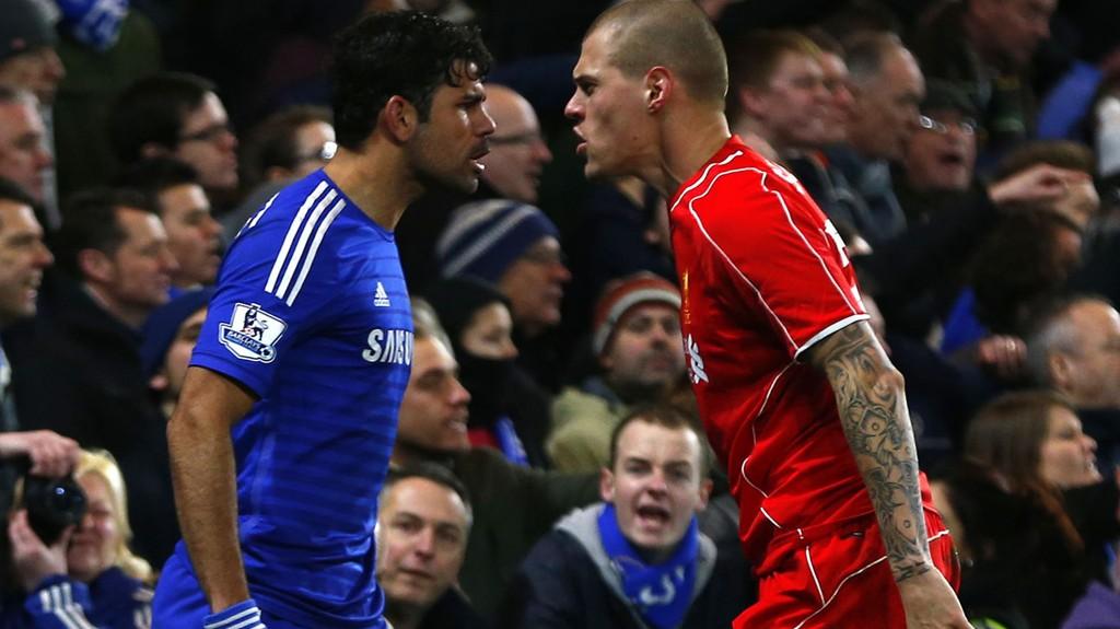 KAMPHANER: Chelseas Diego Costa og Liverpools Martin Skrtel.