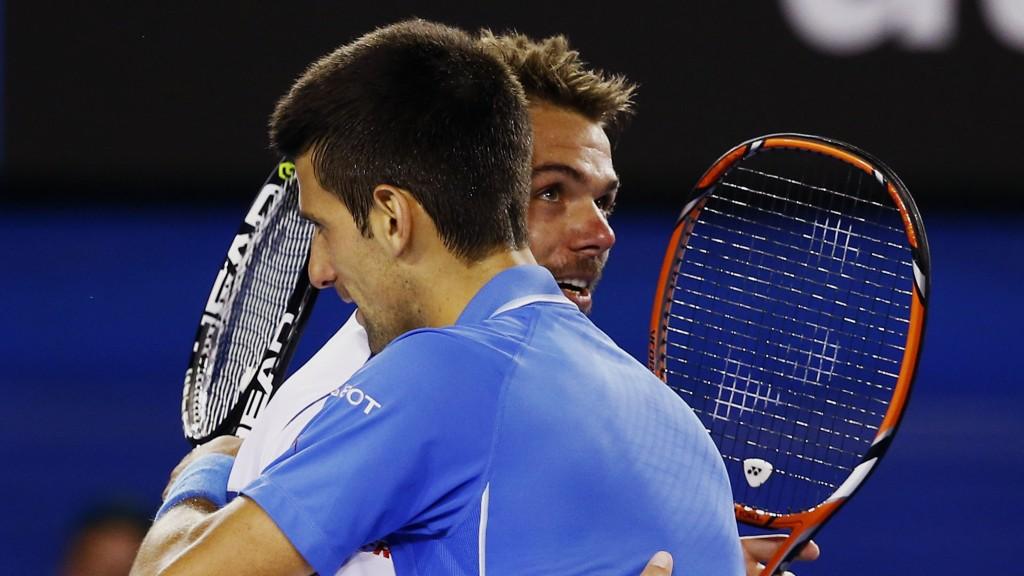 FINALEKLAR: Novak Djokovic, nærmest kamera, er klar for finalen i Australian Open.