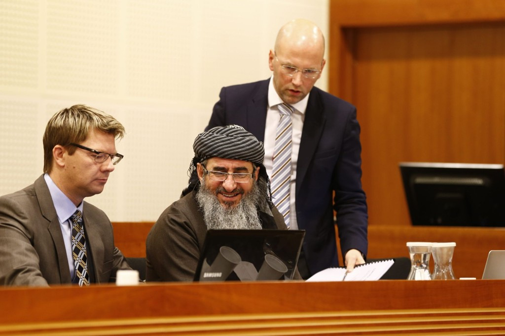 I RETTEN: Tirsdag møtte Faraj Ahmad Najmudding, alias Mulla Krekar, i Oslo tingrett for å få begjært politiets beslutning om tvungent oppholdssted på Kyrksæterøra.