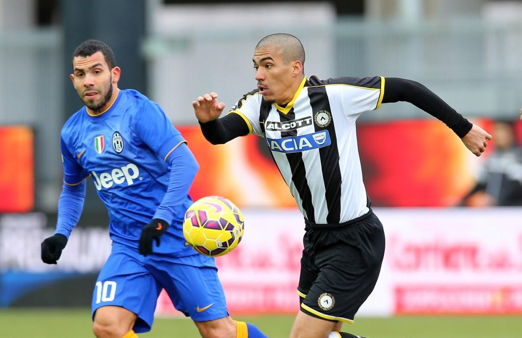 MÅLLØS: Carlos Tevez og Juventus klarte aldri å score borte mot Udinese og måtte ta til takke med ett poeng.