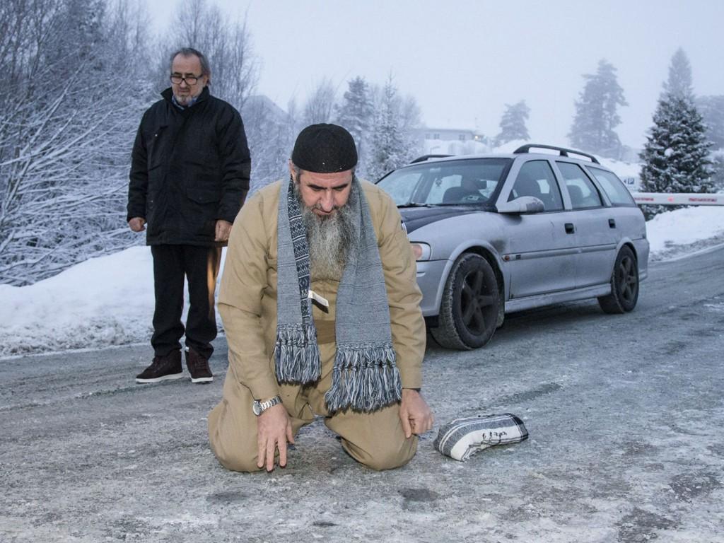 AVGJØRELSE MANDAG: Mandag bestemmer Oslo tingrett om mulla Krekar kan pålegges å tvangsflyttes til Kyrksæterøra.