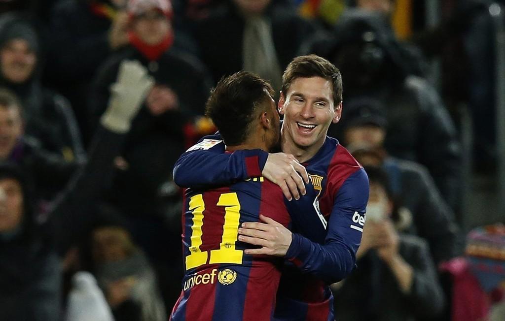 AVGJORDE: Lionel Messi sørget for den avgjørende 3-2-scoringen da Barcelona slo Villarreal søndag kveld.