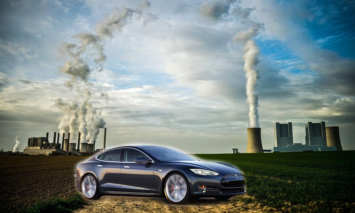 CO2-VERSTING: En Tesla Model S er flere ganger verre enn en vanlig enn en vanlig bil på europeisk marginalstrøm - men fordi kvotesystemet ikke fungerer er den bare «like ille».