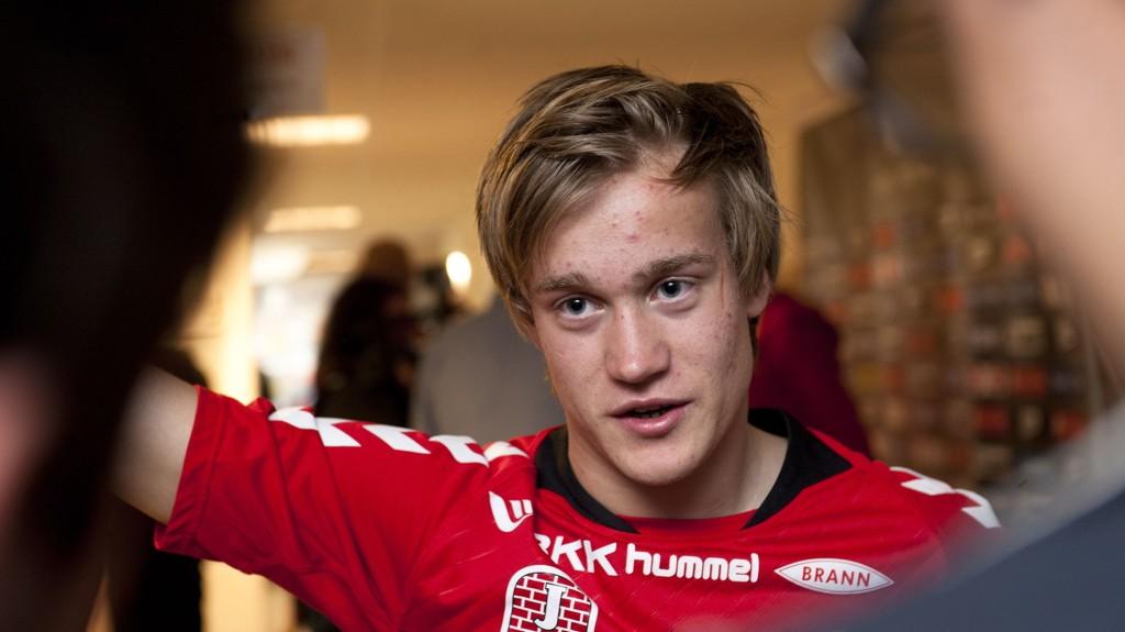 Bård Finne kan få spilletid for Köln i kveldens hjemmekamp mot Stuttgart.