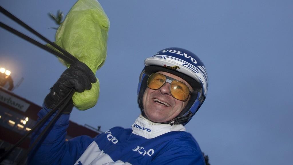 Vidar Hop viste solid kuskeform tirsdag og er sjåfør bak Nettavisens V5-banker på Bjerke onsdag.