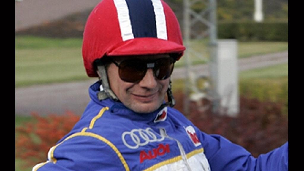 Jorma Kontio kjører to av dagens tyngste favoritter på Örebro.