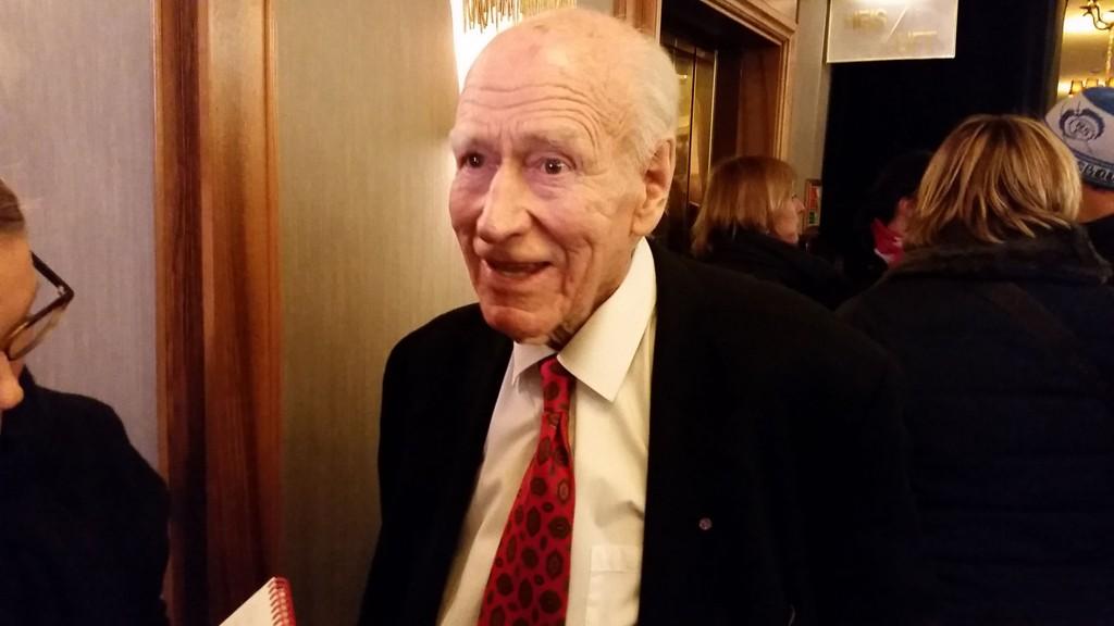 Olav Thon var til stede på Grand Hotell under Norges Banks årsmiddag