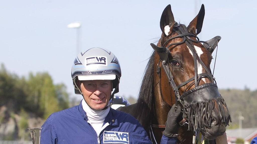 Hitchcock, og Frode Hamre er en av våre to bankere denne lørdagen.Foto: Anders Kongsrud/www.hesteguiden.com.