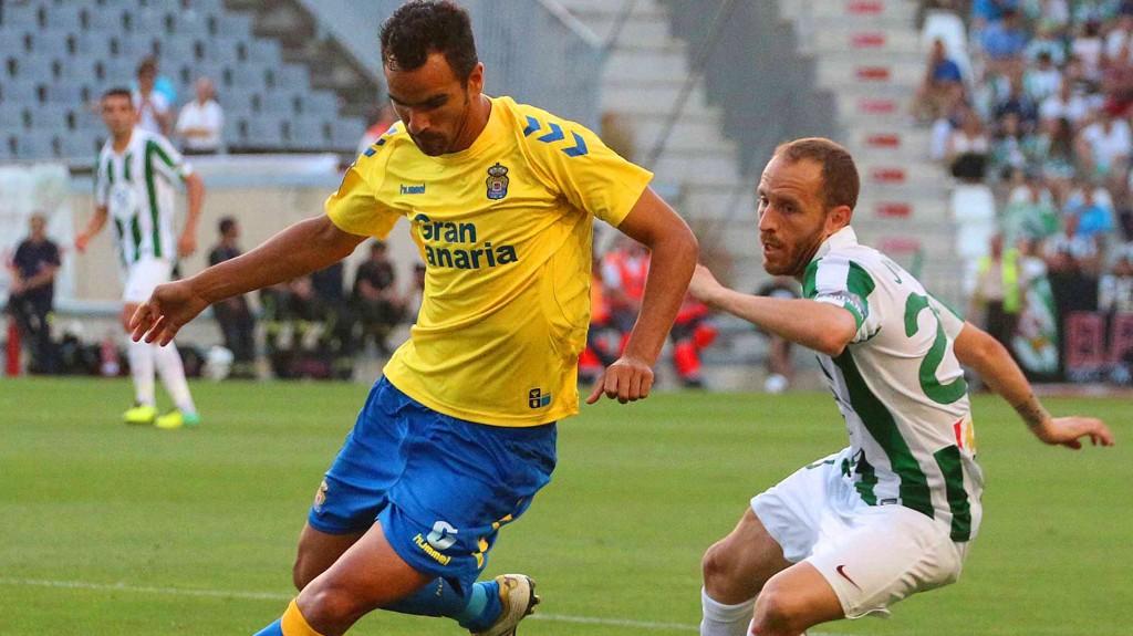 Las Palmas trenger tre poeng i kveld for å holde opprykksrivalene unna i Segunda.