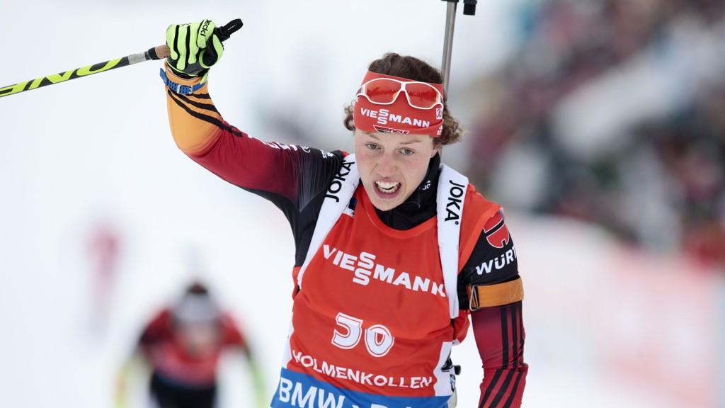 Laura Dahlmeier går sisteetappe for Tyskland på søndagens skiskytingsstafett i Holmenkollen.