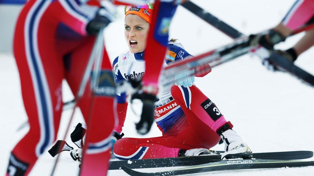 LANGT BAK: Marit Bjørgen, Therese Johaug og de andre norske skistjernene var sjanseløse mot svenske Charlotte Kalla i generalprøven før ski-VM.