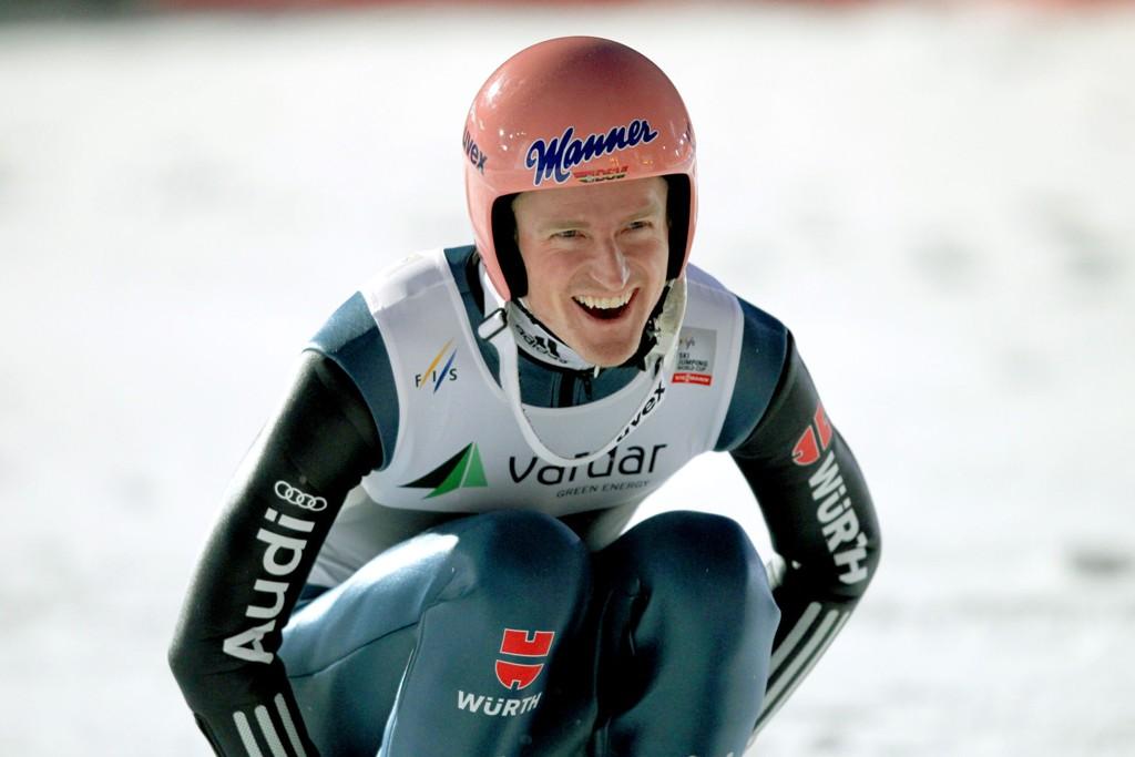 HOPPSHOW: Severin Freund vant søndagens konkurranse i Vikersund, selv om han ikke klarte å tukte Anders Fannemels verdensrekord.