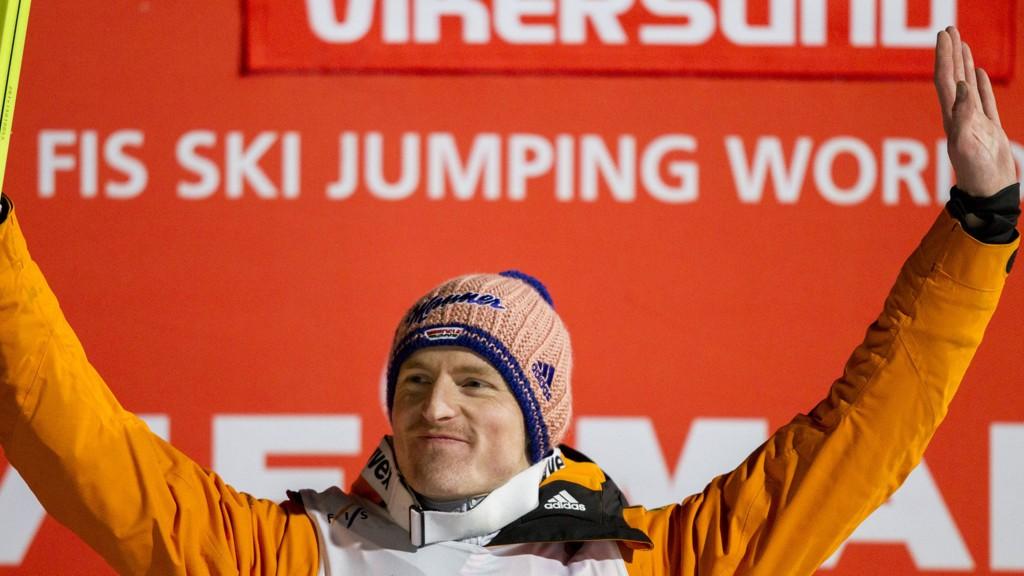 Severin Freund fra Tyskland jubler etter å ha vunnet verdenscuprennet i skiflyging i Vikersundbakken sist søndag. Foto: Vegard Wivestad Grøtt / NTB scanpix