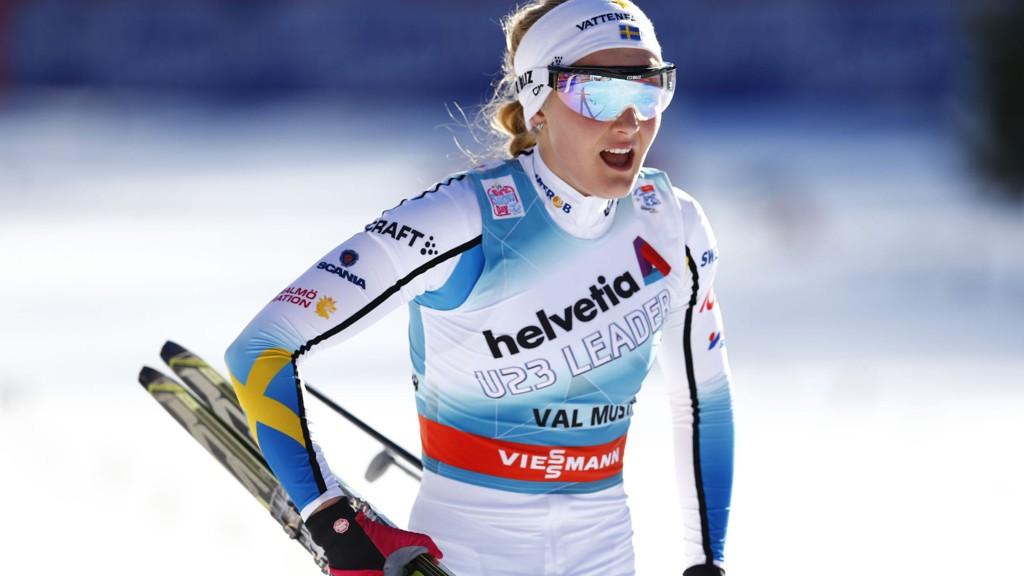 Stina Nilsson leverte en meget overbevisende sprint torsdag og er på ny medaljejakt under lagsprinten søndag.