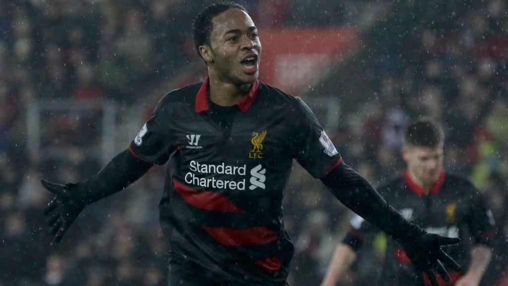 FORLENGER HAN? Etter all sannsynlighet vil Raheem Sterling forlenge med Liverpool i nærmeste fremtid. FOTO: NTB scanpix.