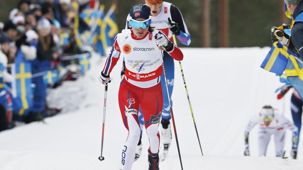 NERVØS FØR START: Heidi Weng fryktet nytt skikaos under stafetten.
