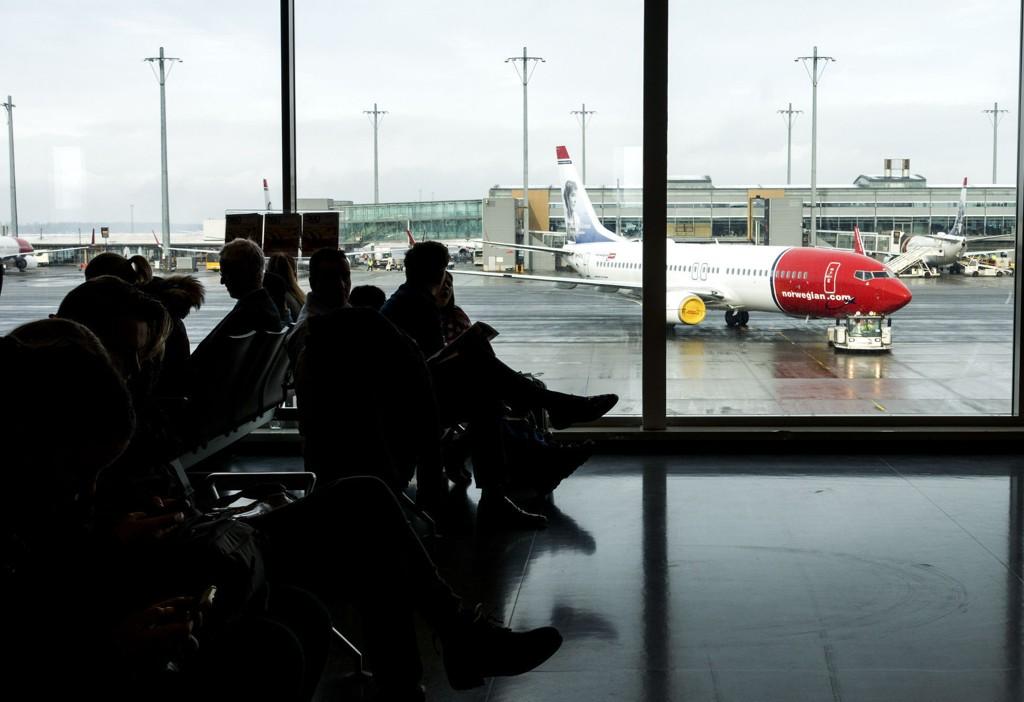 PÅ BAKKEN: Fra onsdag kansellerer Norwegian 75 prosent av flygingene innenlands.