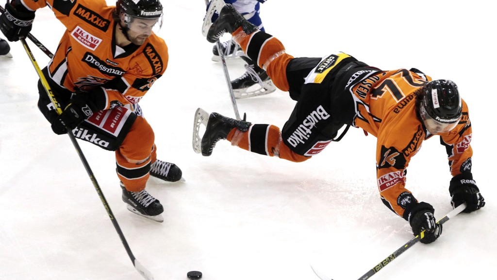 TAPTE: Frisk Asker tapte for Stjerne samtidig som Sparta slo Lillehammer. Dermed gikk bronsen til Sarpsborg i årets eliteserie i ishockey.