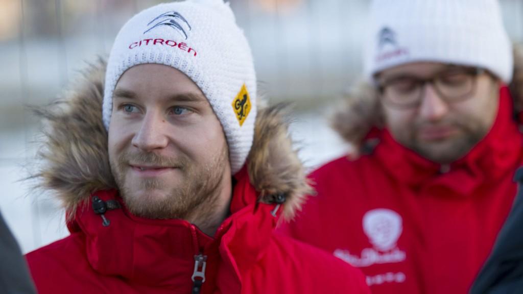 PÅ TREDJE: Mads Østberg ligger best plassert av de norske etter 10 av 21 fartsprøver i Rally Mexico. Citroën-føreren er nummer tre, snaue halvminuttet bak teten.