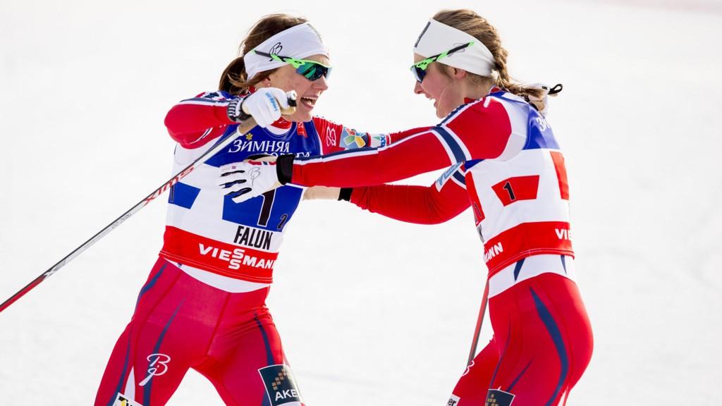 I TOPPEN: Ingvild Flugstad Østberg og Maiken Caspersen Falla var blant de beste på sprintkvalifiseringen.