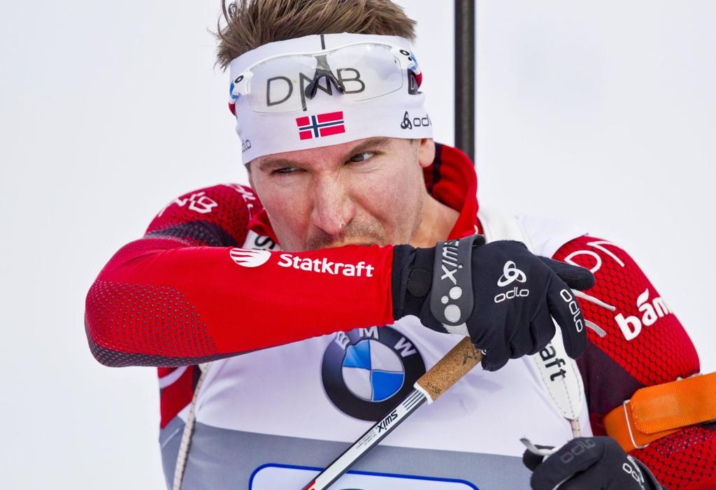 SVÆRT NØYE: Skiskytterne har mange rutiner for å unngå sykdom og smitte. Dette er et illustrasjonsbilde av Emil Hegle Svendsen.