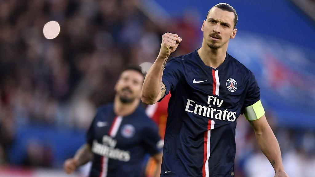 MILLIONBONUS: Zlatan Ibrahimovic og de andre PSG-spillerne kan vente seg cirka to millioner kroner hver om de tar seg videre på bekostning av Chelsea i Champions League onsdag.