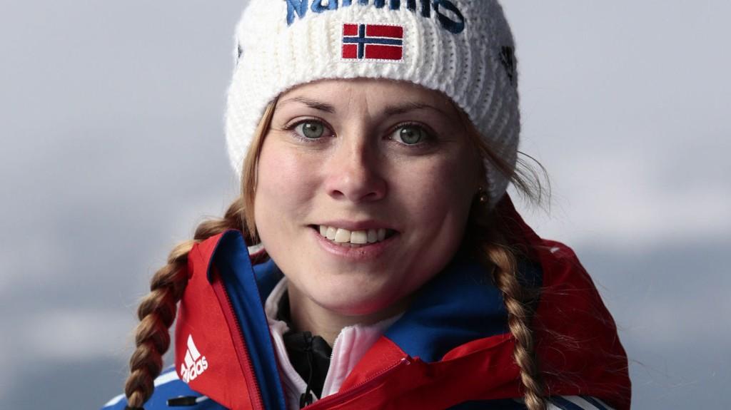 LEGGER OPP: Skihopper Anette Sagen har valgt å legge skiene på hylla.