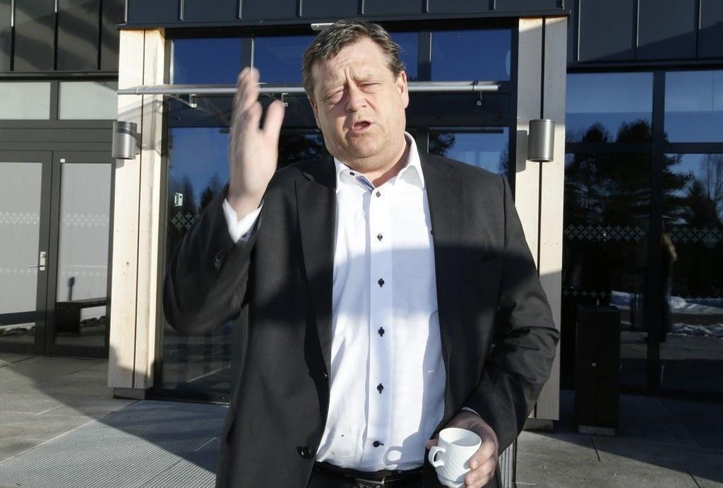 – Vi har en jobb å gjøre, sier Fremskrittspartiets parlamentariske leder Harald Tom Nesvik, etter en svak partimåling for partiet.