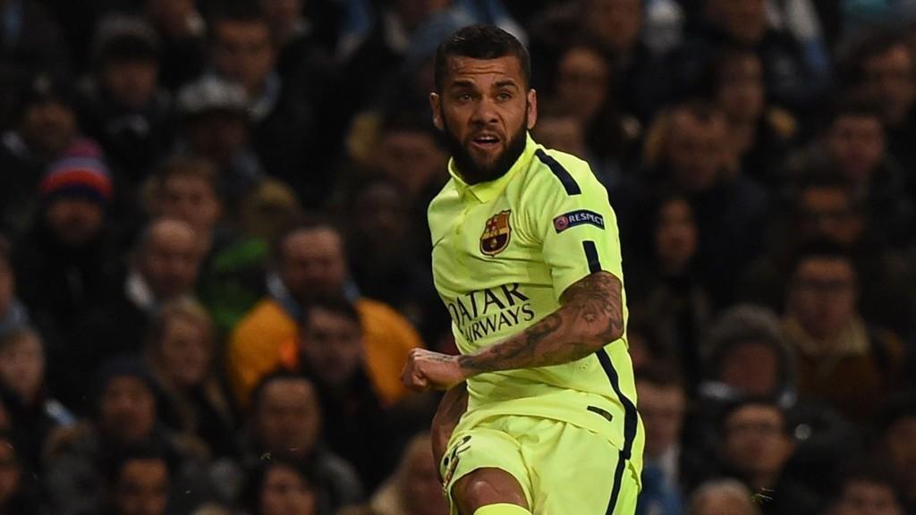 LEI: Barcelona's Dani Alves er lei av alt overgangshysteriet.