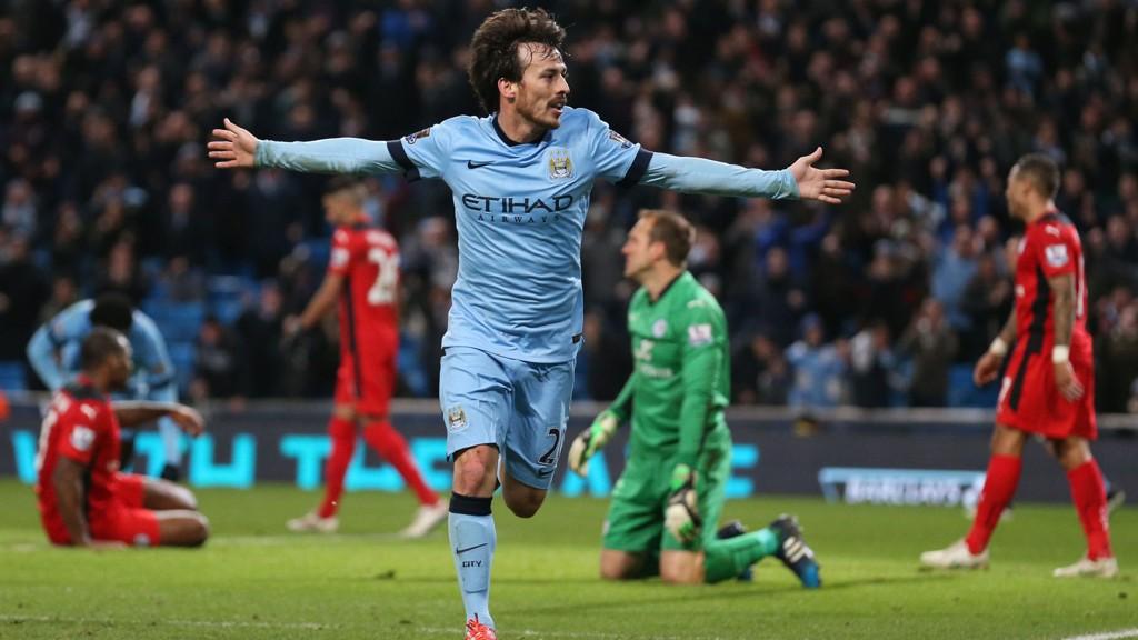 Manchester City møter et formløst Burnley og kan være et sikkert holdepunkt på lørdagens tippekupong.