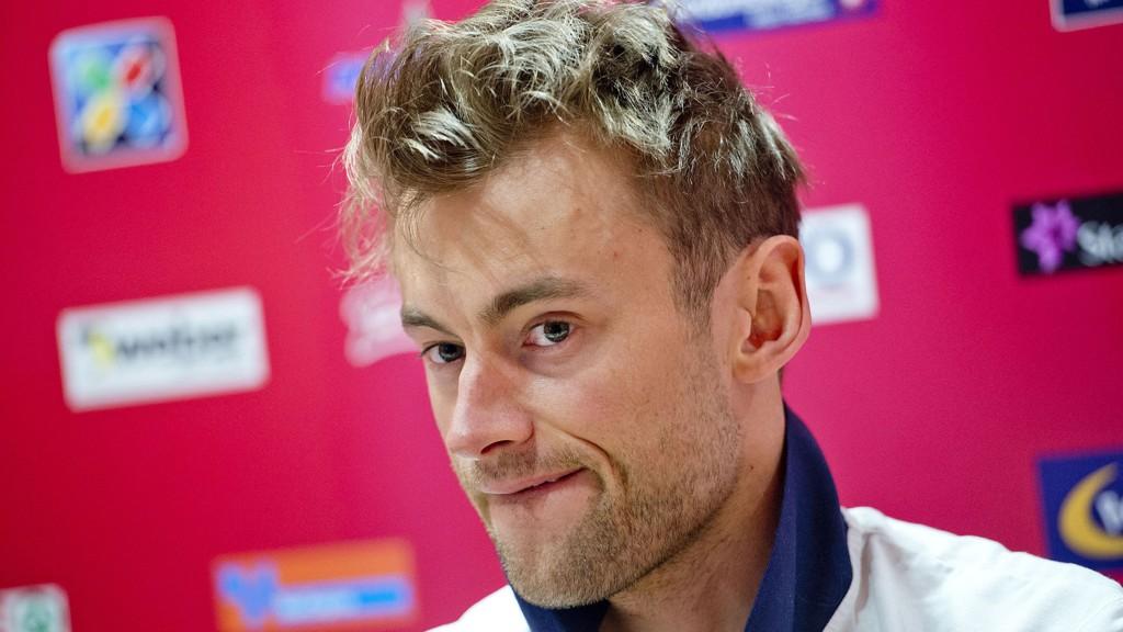Etter turbulensen rundt fyllekjøringen til Petter Northug, krevde Coop en opprydding i teamet rundt skistjernen. Ett av kravene var å kvitte seg med avtalen med Nye Høyder.