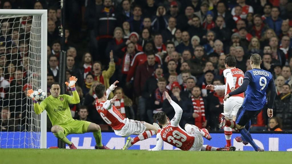 Tidligere Manchester United-spiss Dimitar Berbatov scoret Monacos andre mål i 3-1-seieren mot Arsenal i den første kampen i åttedelsfinalen i Champions League.