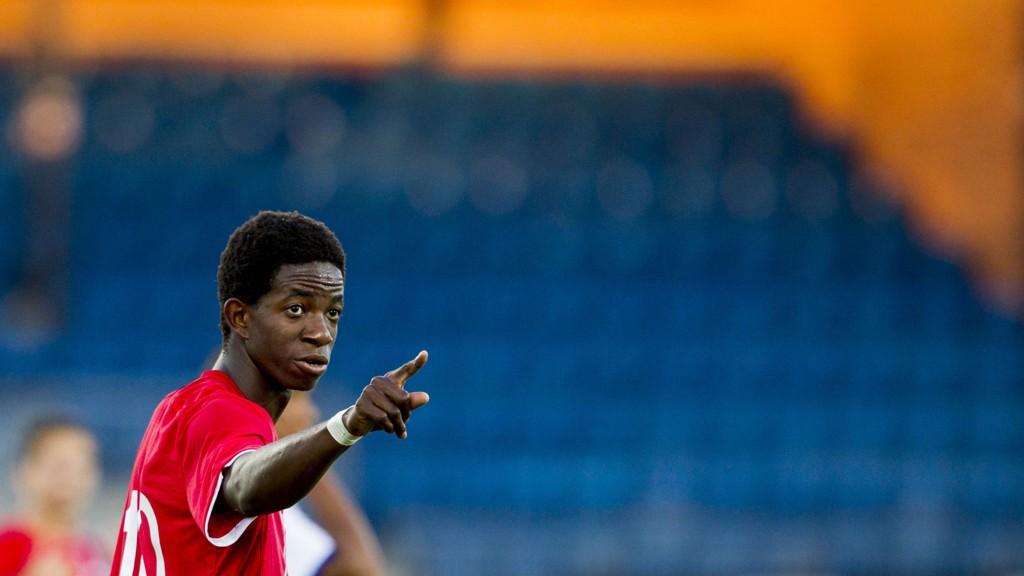 MOLDE-SPILLER: Mushaga Bakenga skal spille i Molde kommende sesong. Det liker Rosenborg-supportere dårlig.