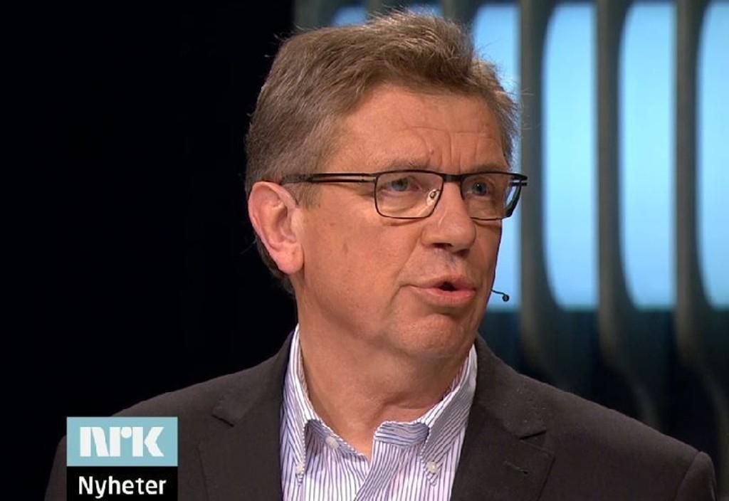 TILBAKEVISER: Konsernsjef i NorgesGruppen, Tommy Korneliussen, sa i debatten at deres butikker ikke tar betalt fra leverandører for at de skal få varene sine i deres hyller. Skjermdump fra NRK