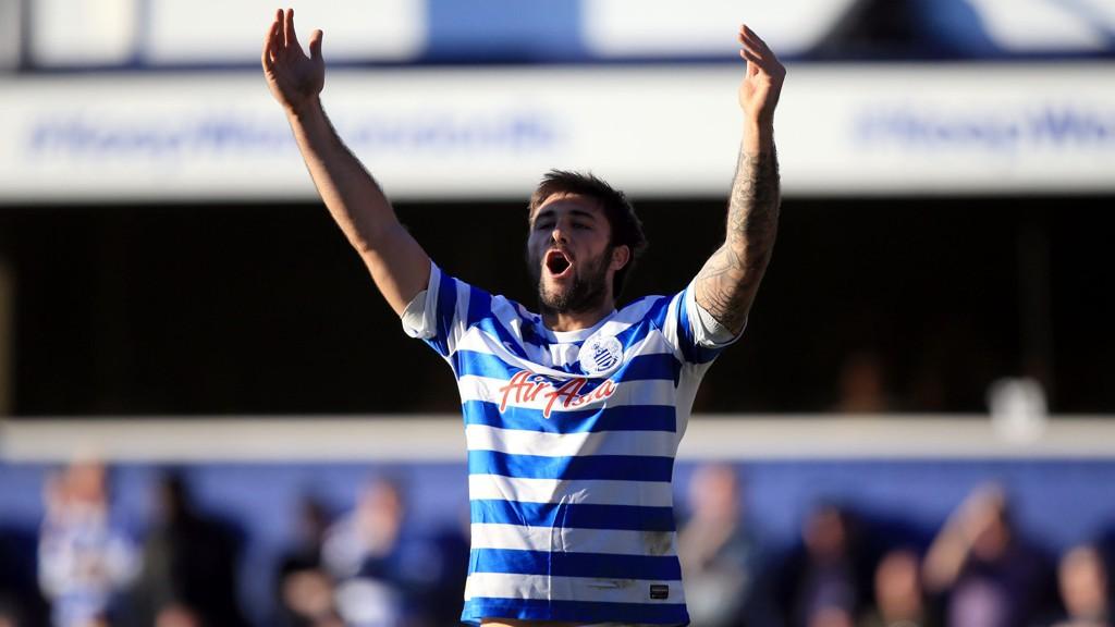 Charlie Austin må sette sjansene hjemme mot Everton søndag ettermiddag.