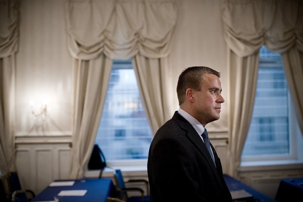 Tore B. Kallevig ble i 2011 utpekt som FRPs ordførerkanditat i Stavanger etter at Trond Birkedal trakk seg. Nå har han trukket seg som ordførerkandidat og gruppeleder for partiet i Stavanger.
