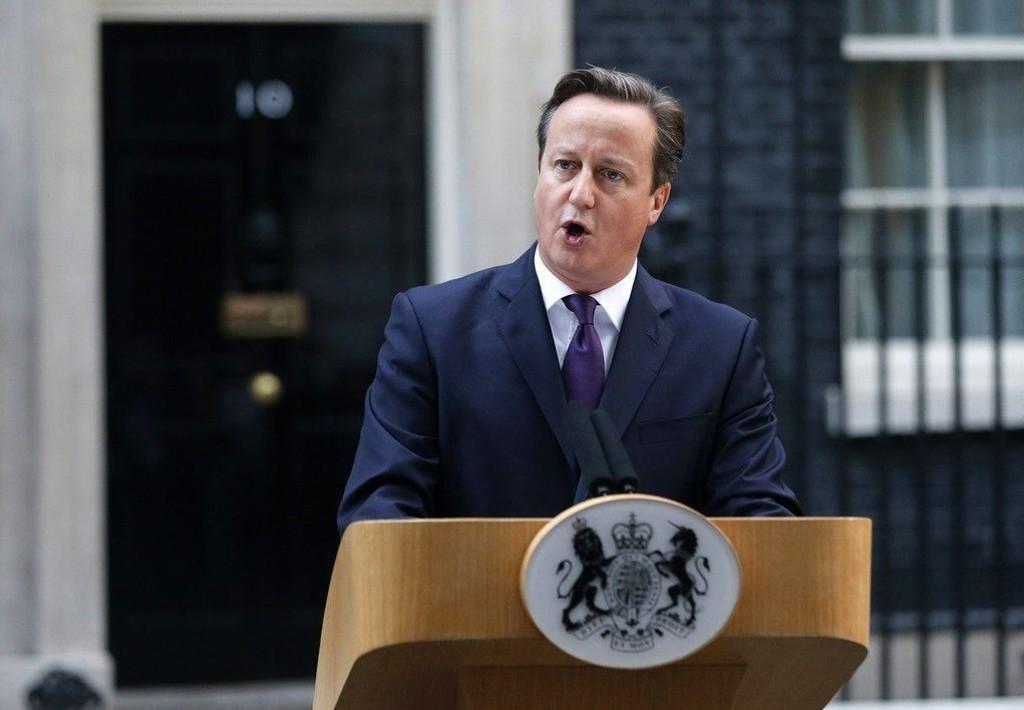 Storbritannias statsminister David Cameron må se at økonomien sliter.