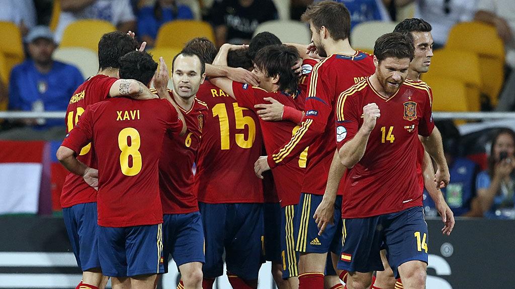 Spania er store favoritter mot Ukraina, og tippepremiene vil øke betraktelig dersom laget skulle feile.