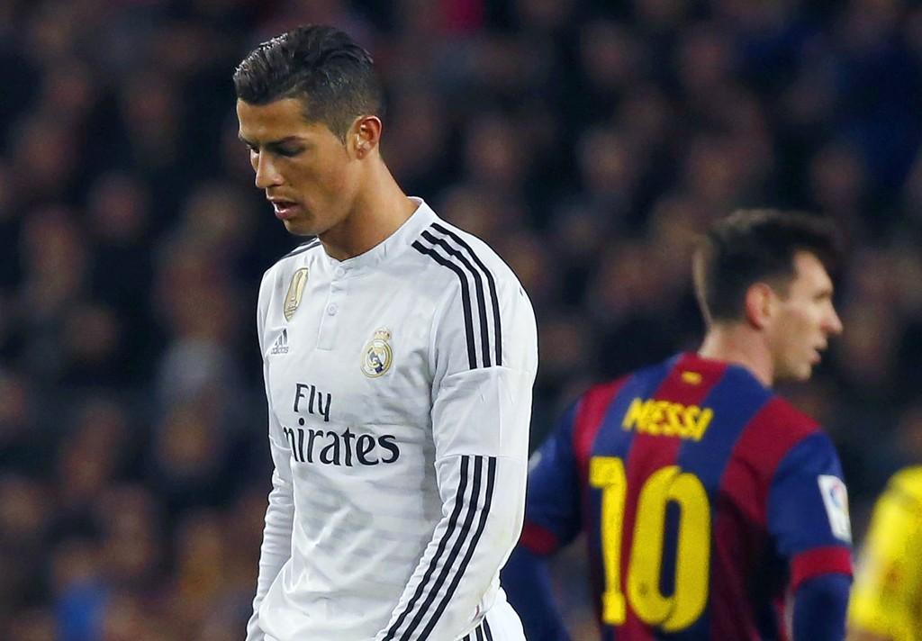 SVAKERE PRESTASJONER: Barcelona og Lionel Messi (bak) trakk det lengste strået da Real Madrid og Cristiano Ronaldo besøkte Camp Nou til El Clásico for en drøy uke siden.