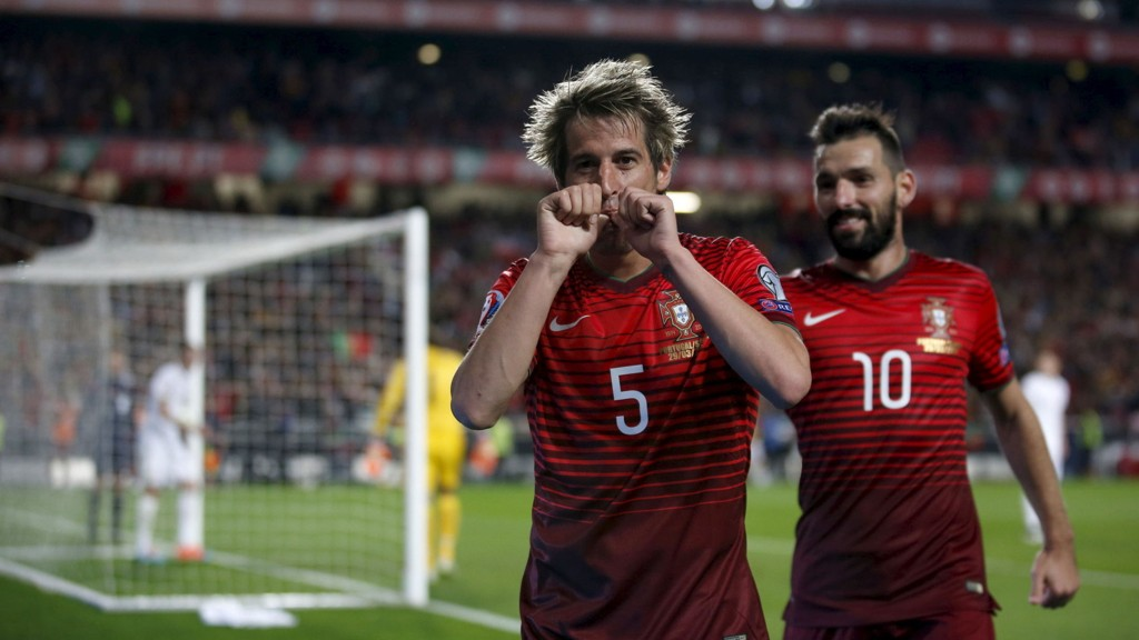 STORT: Fabio Coentrao forteller at det ville være en ære å spille for Manchester United.