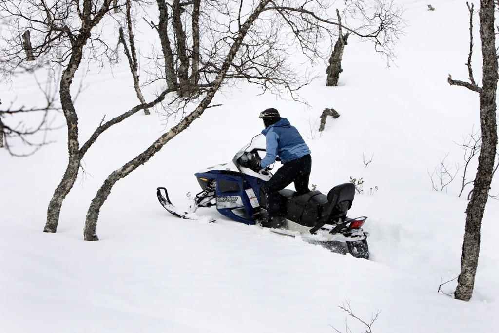 De siste fem årene har forsikringsselskapene registrert 920 skader ved bruk av snøscooter.