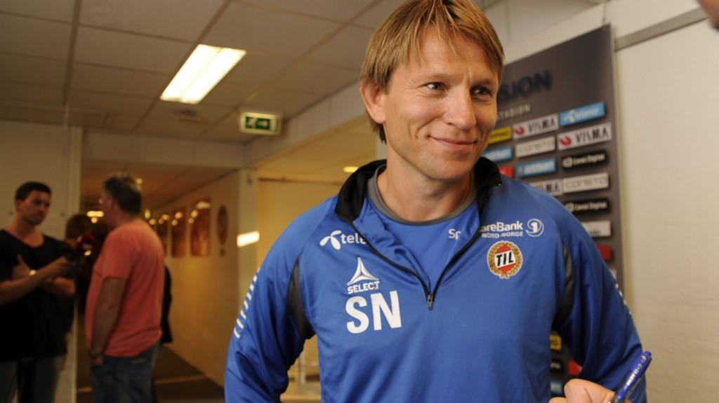SOLID VINTER: Steinar Nilsen har hatt mye å juble for denne vinteren. Her etter en Europa-cupkamp mot Santos Tartu i fjor.