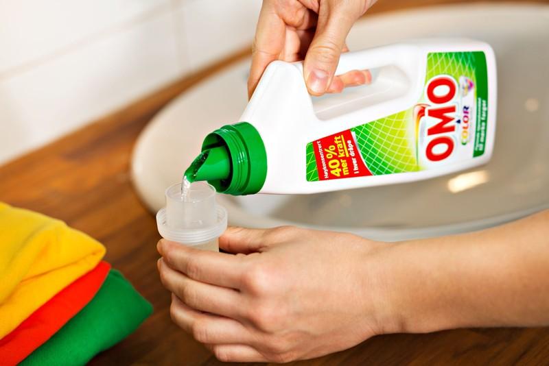 a5b2e0fc OMO er klesvaskeksperten som effektiv fjerner flekker og bevarer fargene.