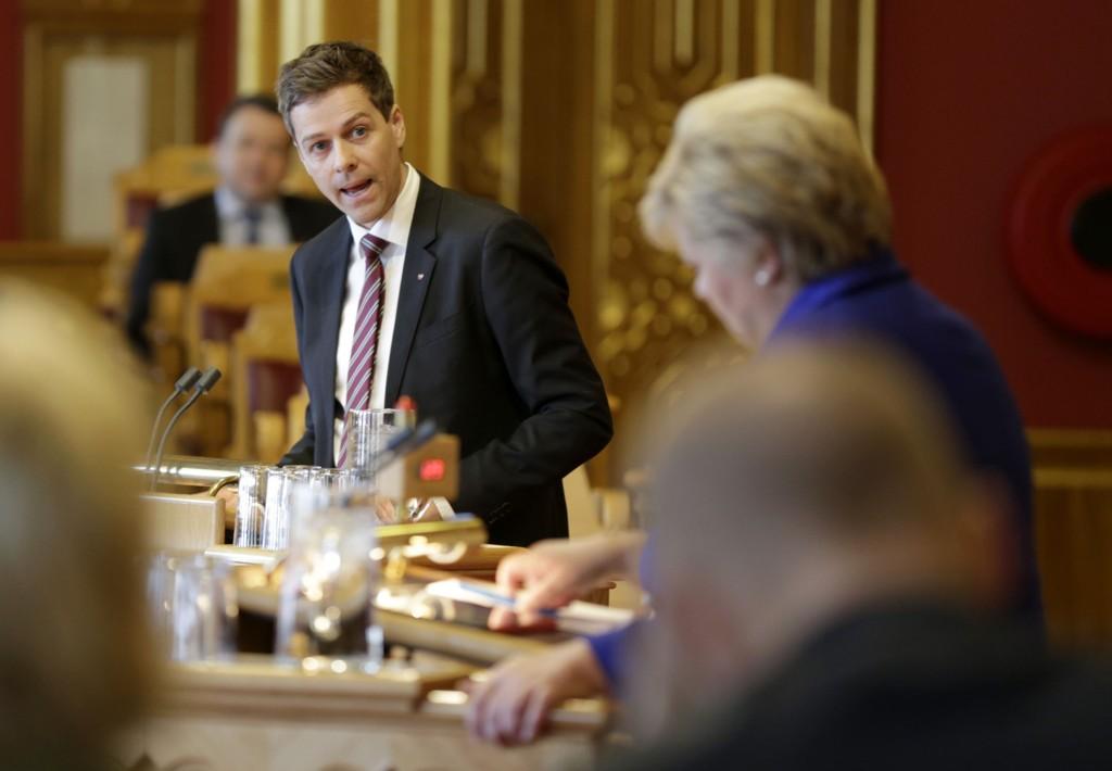 Leder i KrF, Knut Arild Hareide, stilte spørsmål til statsminister Erna Solberg i den muntlige spørretimen på Stortinget onsdag.