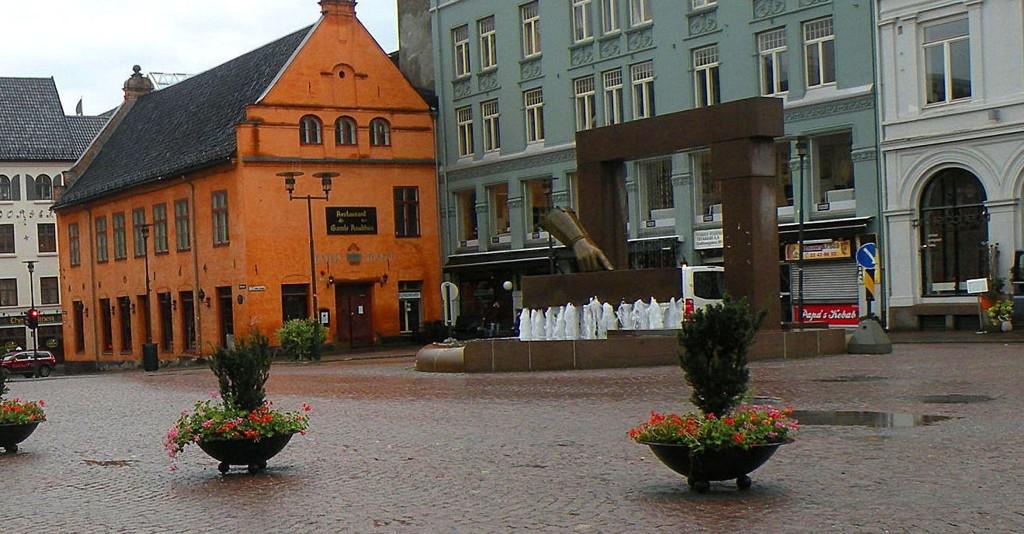 Hansken på Christiania Torv er en av fontenene som kan bli stående tørr i sommer.