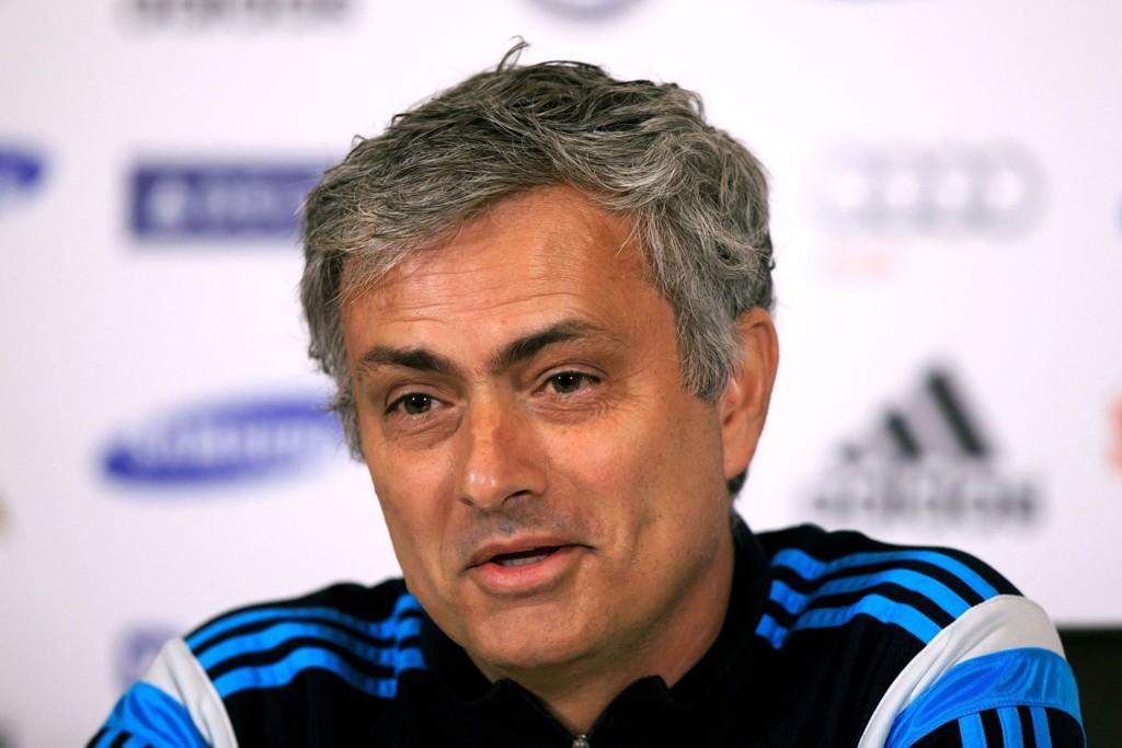 BUD: José Mourinho og de engelske serielederne skal ha lagt inn bud på Tokyo-spilleren Yoshinori Muto.