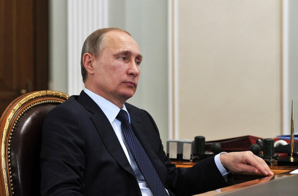 SNUR: Vladimir Putin og Russland innførte forbud mot rakettleveranser til Iran i 2010 etter sterkt vestlig press. Nå er forbudet opphevet.