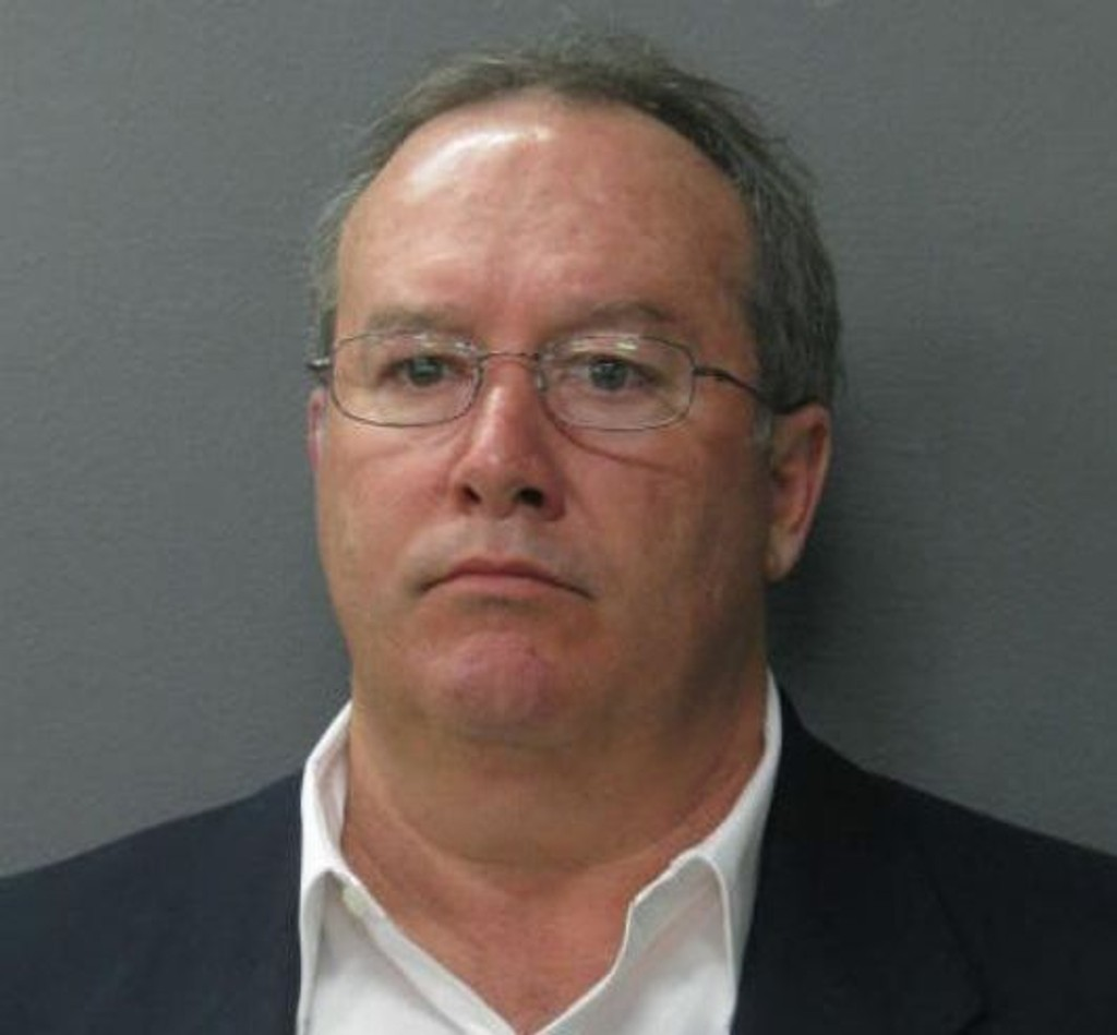 Mark Knight mistenkes av myndighetene for å stå bak forsøk på å få sin egen bror arrestert.