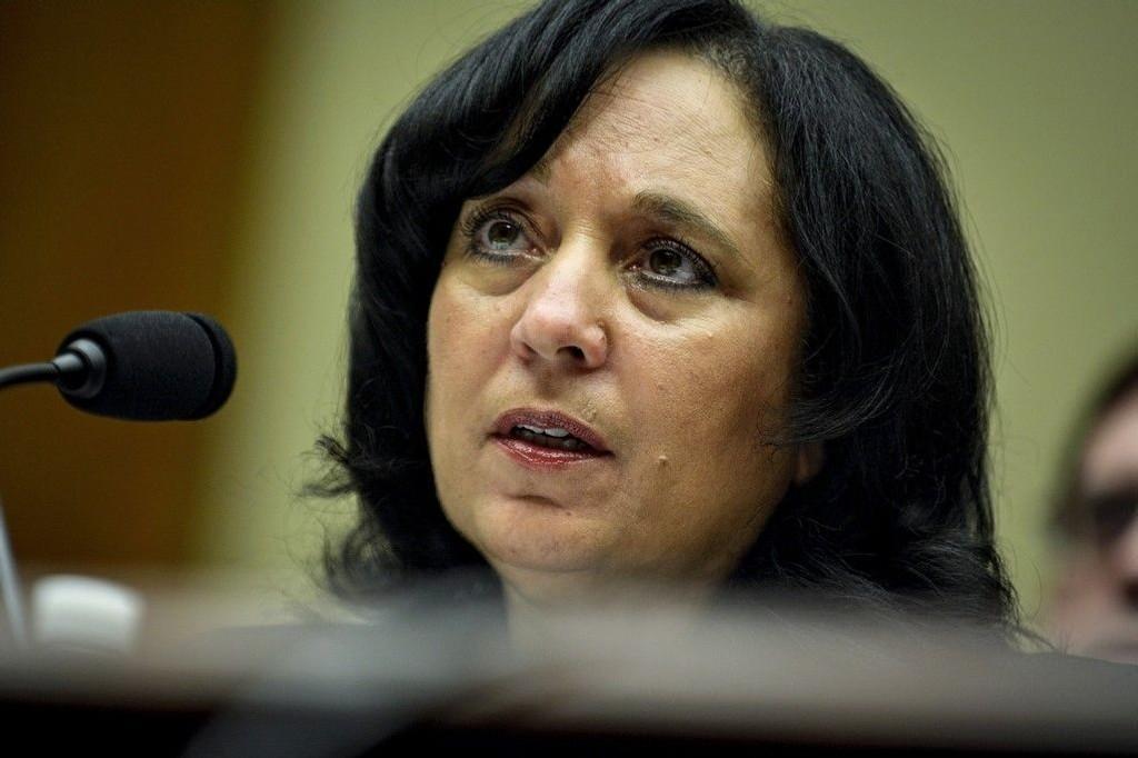 Lederen for det amerikanske narkotikapolitiet, Michele Leonhart, går av etter avsløringene om at hennes agenter har deltatt på sexfester med prostituerte i Colombia.