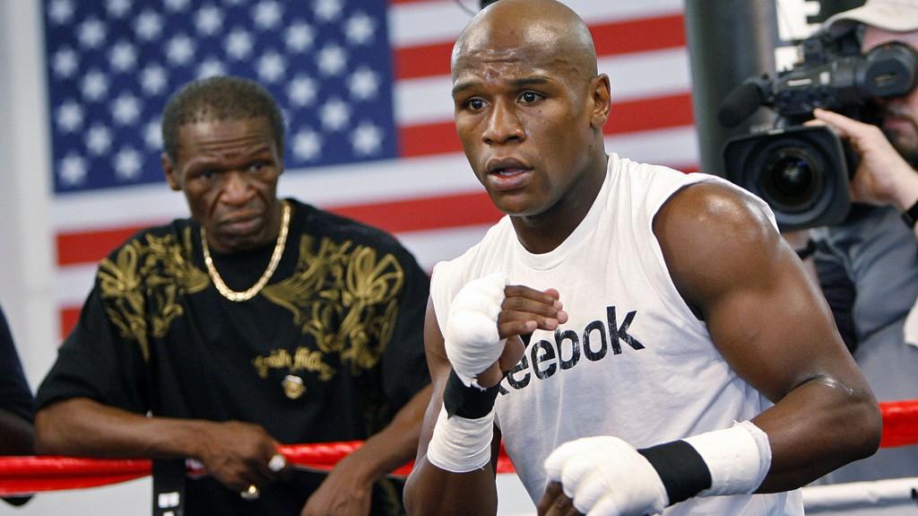 Mange mener Muhammad Ali er tidenes beste bokser. Floyd Mayweather er av en helt annen oppfatning.